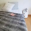 Dessus de lit en fourrure de lapin gris
